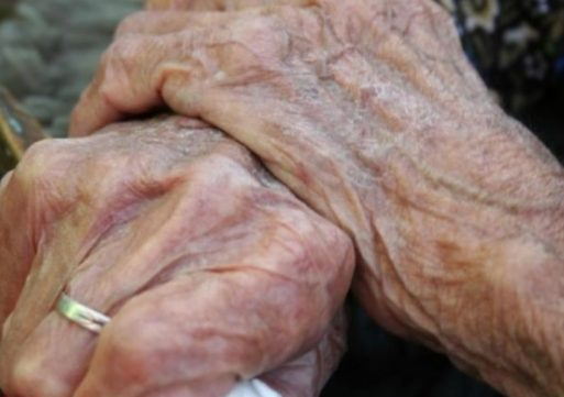 Peste o treime dintre vârstnicii României se află în risc de sărăcie (Monitorul Social)