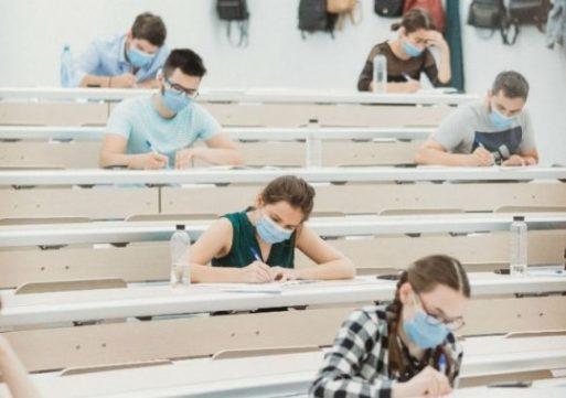 UMF a trecut cu brio examenul-maraton de admitere. Rezultatele se dau azi sau mâine