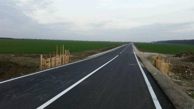 1,7 milioane de lei covorul asfaltic de 1 km lungime