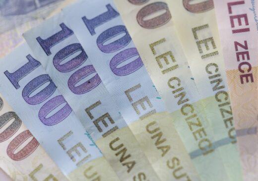 Crește salariul minim pe economie cu 10%. Decizia urmează să fie luată în ședința de guvern de astăzi