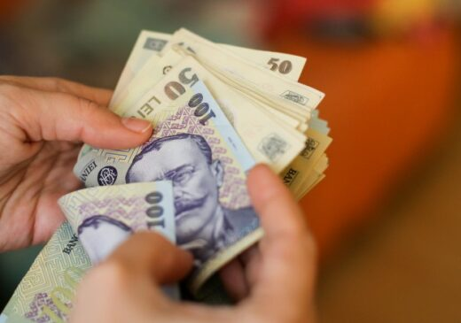 Câştigul salarial mediu nominal net a fost de 3.365 lei în februarie.